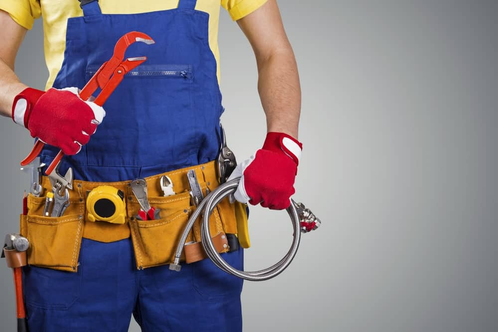 Consider These Benefits of Hiring a Plumber