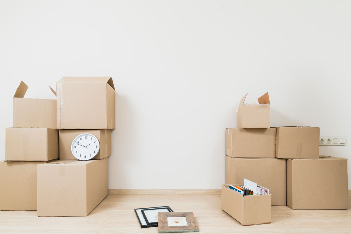 List of Things to Buy When Moving into an Apartment